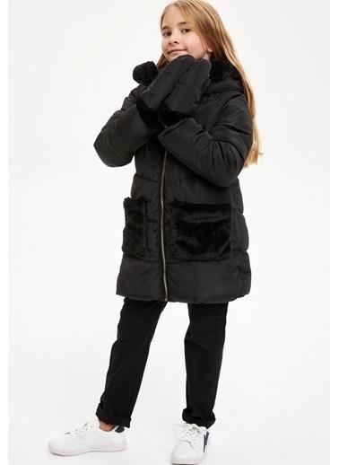 DeFacto Kız Çocuk Kapüşonlu Mont Siyah